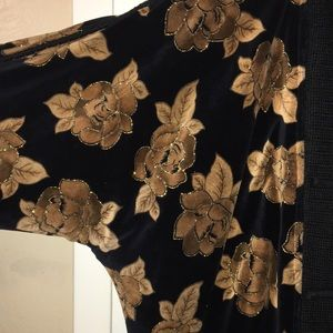 Sweaters - Amazing Oversized Floral Puffer Cardi